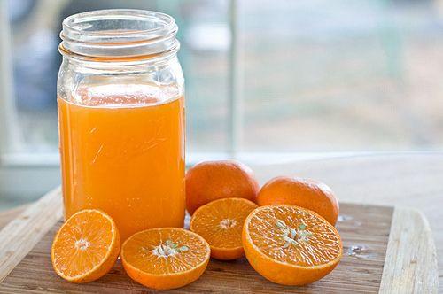 Yoghurt met sinaasappelsap