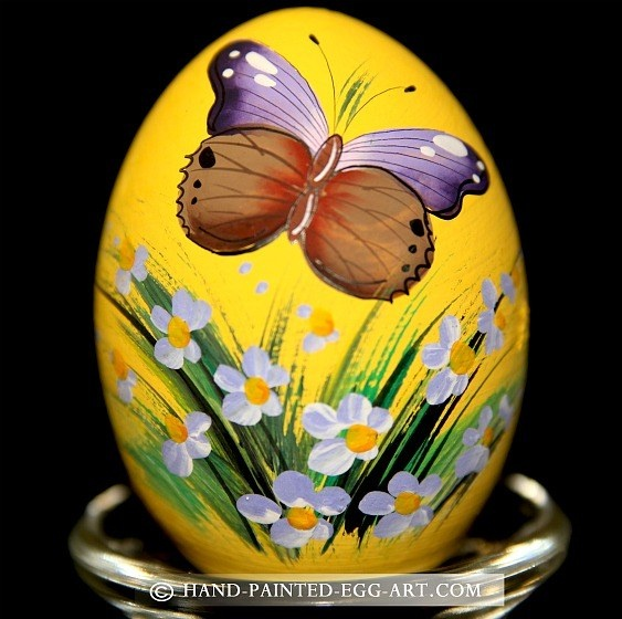 Hand-Painted-Egg-Art. Designs by Margit Jakab. Colorful Butterfly