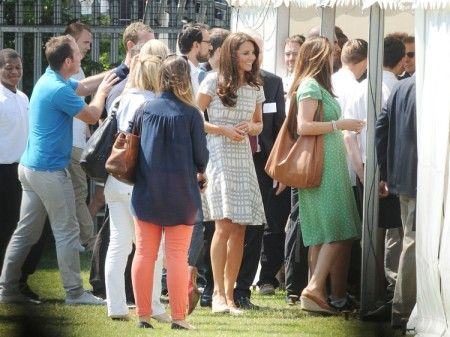 Kate Middleton Sweating And Barefoot Under The Olympic Pressure (Photos)Middleton Sweat, Kate Middleton, Celebrities Gossip, Pressure Photos, Olympics Photos, Olympics Pressure