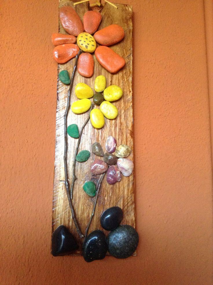 flores de piedras                                                                                                                                                      Más