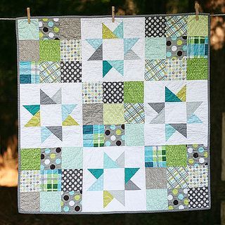 Cute baby quilt: Quilts Patterns, Cute Baby, Stars Quilts, Babyquilts, Baby Quilts, Color, Quilts Blocks, Baby Boys Quilts, Quilts Ideas