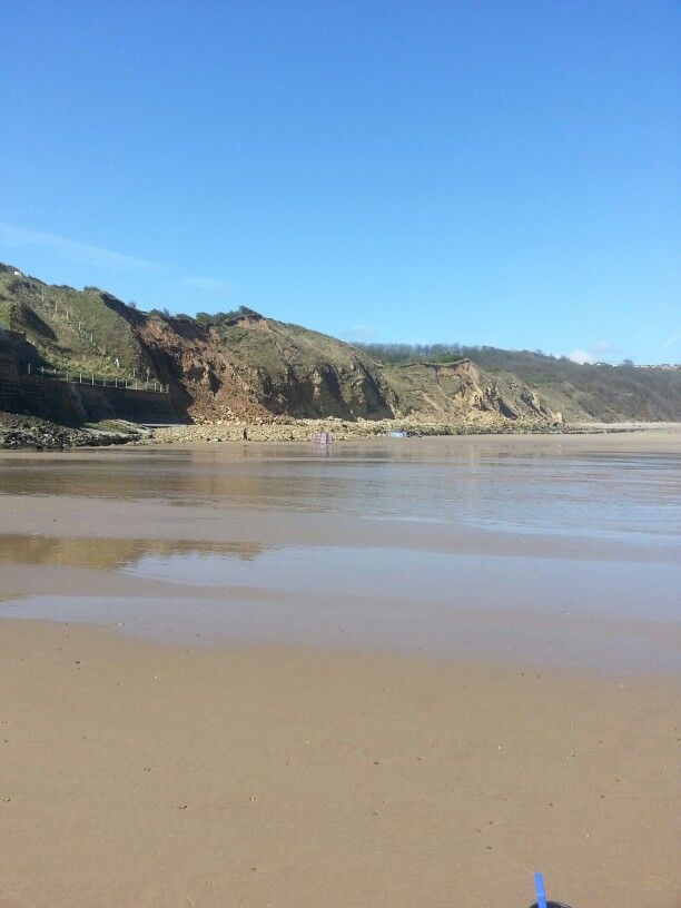Cayton Bay....Lovely Beach  Had a long weekend break with the Girlfriend really windy place would recommend to anyone for the good links to Scarborough Filey and Bridlington.