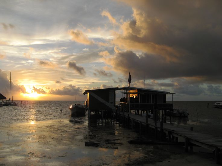 If you have ever considered getting your PADI Open Water Dive Certificate - THIS is the place to do it. Frenchies Dive Center, Caye Caulker, Belize