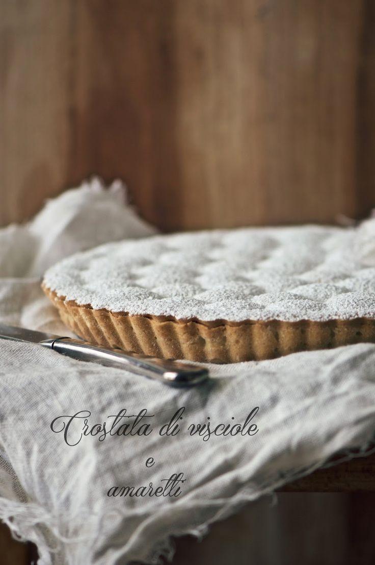 Cherries and amaretto tart - Crostata di visciole e amaretti - la pancia del lupo