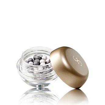 Giordani Gold Eye Pearls    Oční stíny v perličkách Giordani Gold