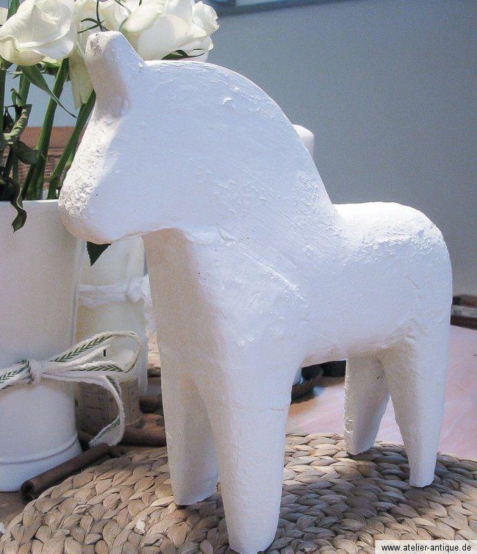 shabby chic design dala pferd wei skulptur schweden pony. Black Bedroom Furniture Sets. Home Design Ideas