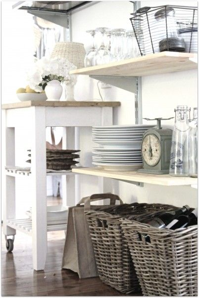 clean, classy: Breakfast Rooms, Ideas, Kitchens Shelves, Small Island, Open Shelves, Beach Cottages, Beaches Cottages Kitchens, Open Shelving, Kitchens Storage