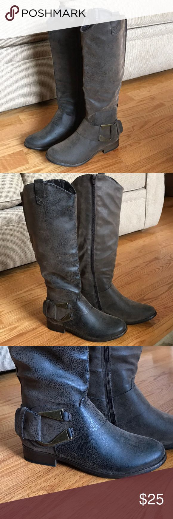 Women's Ruff Hewn boots Beautiful Ruff Hewn boots in perfect condition! Only worn once. Size 7 Ruff Hewn Shoes Heeled Boots