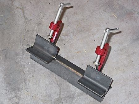 Homemade Welding Jig Aligns Round Or Square Stock To Be