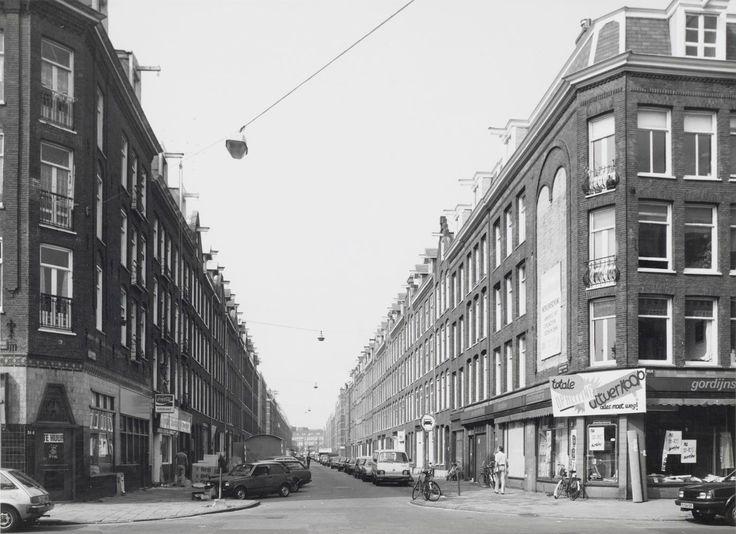 Jacob van Lennepstraat hoek Jan Pieter Heijestraat 1986. Collectie Stadsarchief Amsterdam