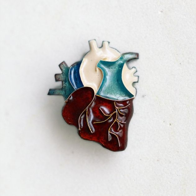 エナメルブローチ「心臓」