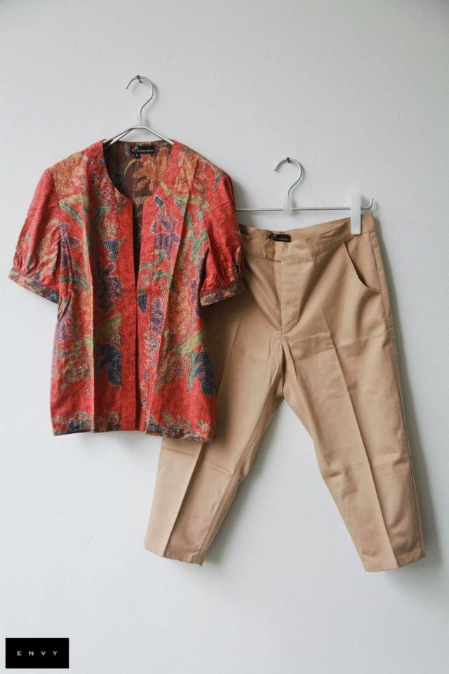Casual batik outfit