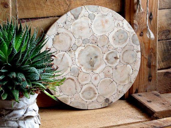Juniper Wood Round Cutting Board, Natural Handmade Breadboard, Rustic Home Decor, Wooden Kitchen Utensil, Untreated Wood, Rustic Kitchen