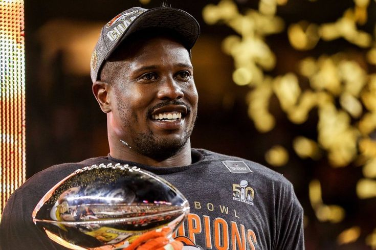 Will Von Miller stay hungry after his massive Broncos deal? - https://movietvtechgeeks.com/will-von-miller-stay-hungry-massive-broncos-deal/-Von Miller fought pretty hard to become the highest paid defensive player in the NFL. The MVP of Super Bowl 50 went toe to toe with one of the greatest quarterbacks of all time, John Elway, to get the contract he deserved.