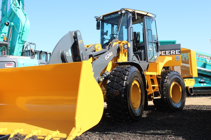 John Deere 624K Wheel Loader | Civenex 2012 | Hitachi Construction Machinery Australia
