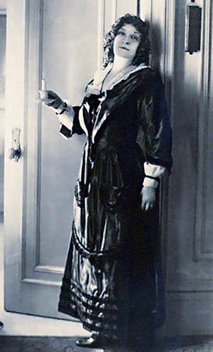 Dame Nellie Melba (1861-1931) Australian soprano