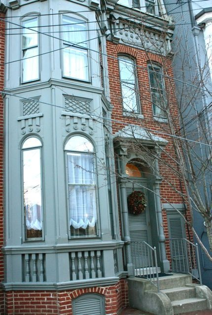 i think in my other life i live in a home like this.  in nyc.  but still married to josh wilson.