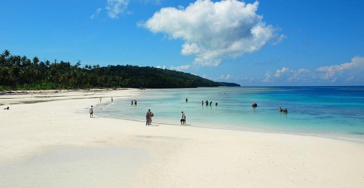 Maratua Beach - East Borneo