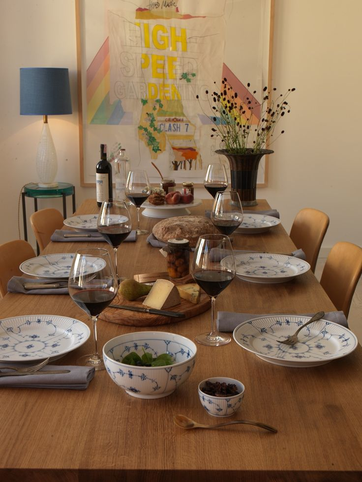 Royal Copenhagen Blue Fluted Plain Dinnertable in the 2013 Catalogue