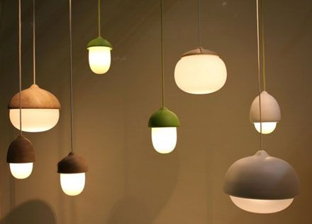 どんぐりをモチーフにしたライト「Terho」: DesignWorks