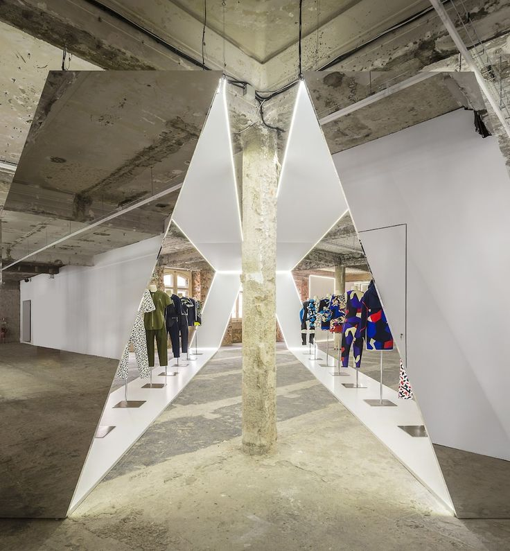 Felipe Oliveira Baptista Exhibition.8