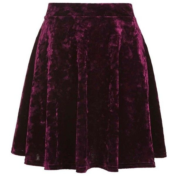 Women's Topshop Velvet Skater Skirt (665 MXN) ❤ liked on Polyvore featuring skirts, velvet circle skirt, purple velvet skirt, purple skirt, flared skirts and velvet skirt