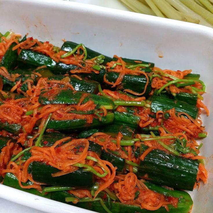 料理教室メニューの試作です。美味しくできた♥お酒が欲しくなった‼ということは、合格かな✨ 今回のテーマのひとつ、パクチー入ってます。 #bonbonaccueil #料理教室 #韓国料理教室 #韓国料理 #パクチー #パクチー料理 #cookinglessons #koreancuisine http://w3food.com/ipost/1507997311388504869/?code=BTte5CjjlMl