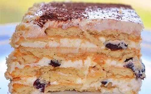 Вкусный торт с черносливом без выпечки. Справятся даже дети! Готовится быстро, получается вкусно! Ингредиенты:  Печенье — 48 штук. Творог — 500 г Сахар — 1 стакан Сливочное масло — 100 г Сметана — 25…