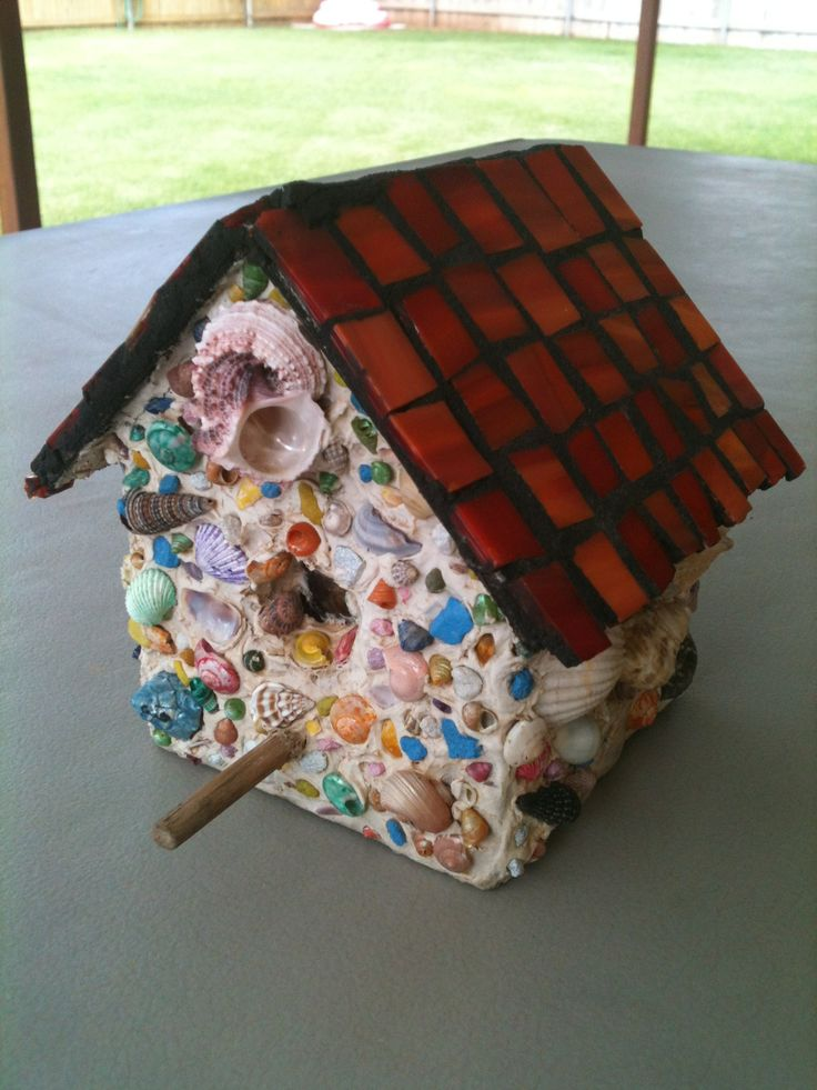 Shell chalked  Mosaic Roof Birdhouse