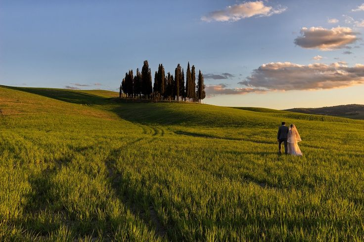 Weddings, museums, wine: the Tuscan experience