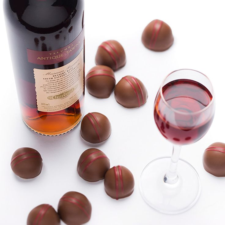 Antique Tawny Fig Liqueur – plump Australian dried figs are steeped in Yalumba Antique Tawny for two weeks. The fruit is then dipped into a tawny infused fondant, enrobed in two layers of milk chocolate and hand decorated before being carefully cellared prior to release.