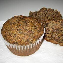 Muffins à la banane et aux graines de pavot @ qc.allrecipes.ca