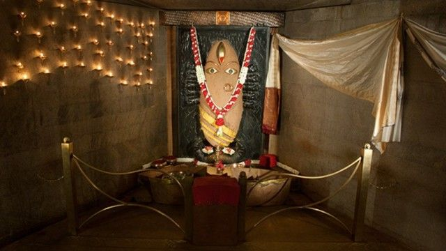 Dhyanalinga and was very much interested in visiting Isha Yoga Foundation in Coimbatore.