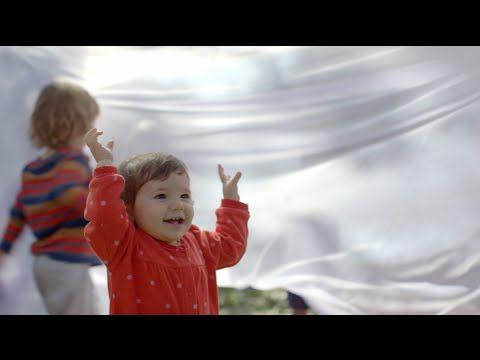Pipoca de Pimenta Uma análise aprofundada e um retrato apaixonado sobre os primeiros mil dias de um recém-nascido, o verdadeiro começo da vida de um ser humano, tempo considerado crucial pós-nascimento para o desenvolvimento saudável da criança, tanto na infância quanto na vida adulta, onde os pais precisam ter o maior cuidado, amor e carinho possível.