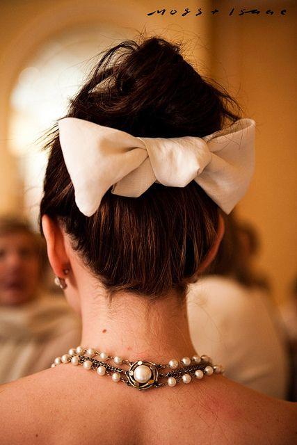I love the bows under buns, so Braid Hair| http://best-braid-hair-styles.blogspot.com
