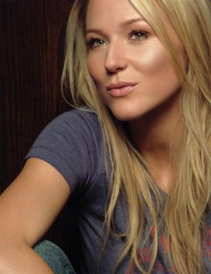 Jewel - just gorgeous in soo many waysMusic, Hair Colors, Celebrities Style, Photos Gallery, Nature Makeup, Hair Makeup, Skin Care Products, Jewels Kilcher, People