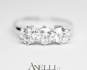 Anello Trilogy con 3 diamanti da Mezzo Carato, un gioiello da Sogno..
