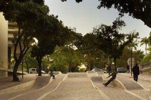 REDESENHO URBANO DAS ÁREAS PÚBLICAS DO ENTORNO DA PRAÇA DA LIBERDADE  - Belo Horizonte, MG, Brasil / Arquitetos Associados