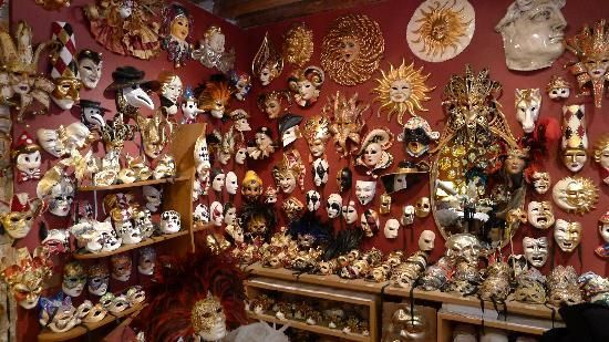 From TripAdvisor. Atelier Marega: Handmade Mask Shop in Venice. Another good shop: Francis Model Francis Model (leather articles), Ruga Rialto / San Polo 773/A (100m SW of Rialto bridge) Also good place: Venetian Emporium