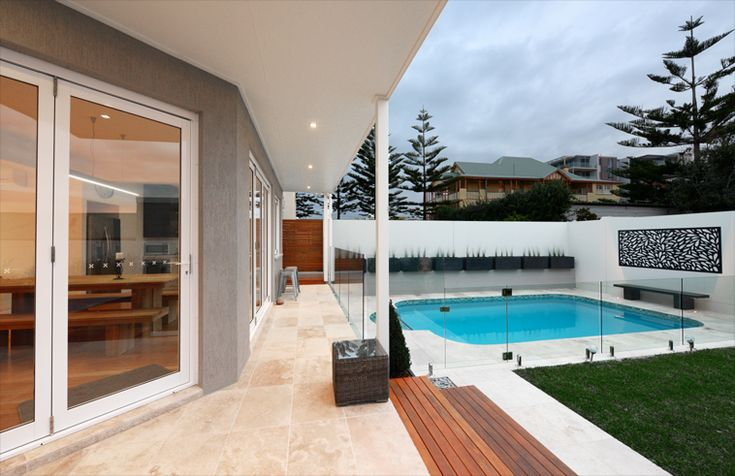 Merewether Beach House by Webber Architects (Newcastle AUS) #poolside #outdoordesign
