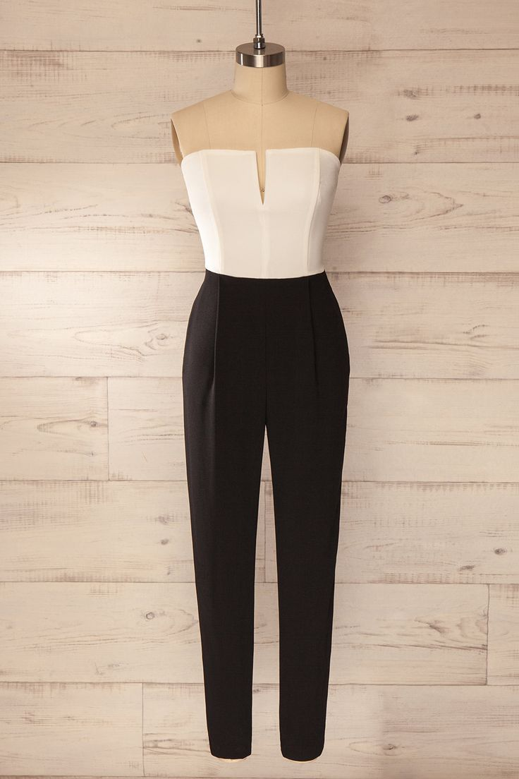 Sortez vos escarpins écarlate pour un look d'enfer !  Take out your scarlet pumps for a stunningly stylish look! Black and white bustier jumpsuit www.1861.ca