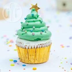 Cupcakes als Weihnachtsbaum dekorieren, Weihnachtsmuffins, Christbaum Muffins, Weihnachtsbaummuffins @ de.allrecipes.com