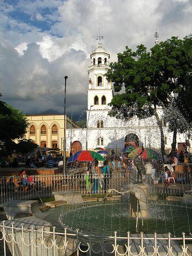 Colombia - Parque en Floridablanca, Santander.