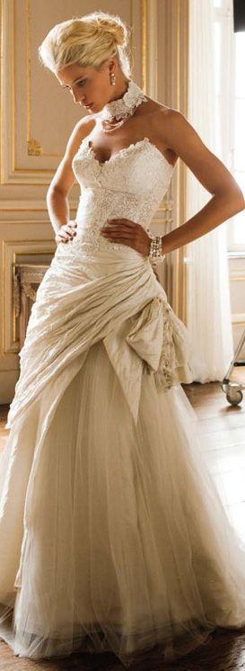 Linea Raffaelli <3 bubble bustled draped wedding full skirt strapless sweetheart neckline