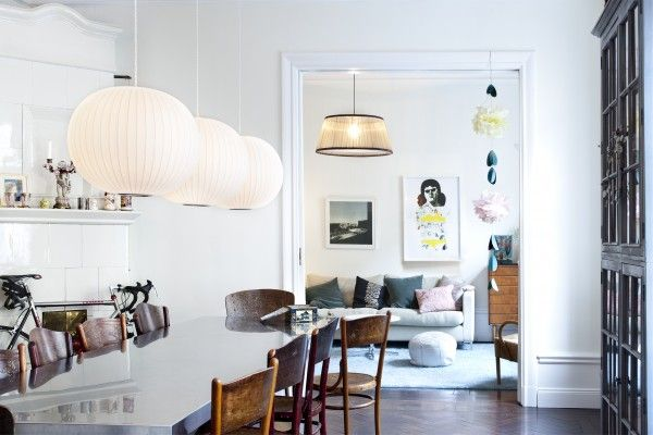 a: Pendants Lamps, Dining Rooms, Dining Area, White Spaces, Nordic Style, George Nelson, Dining Chairs, Rooms Ideas, Pendants Lights