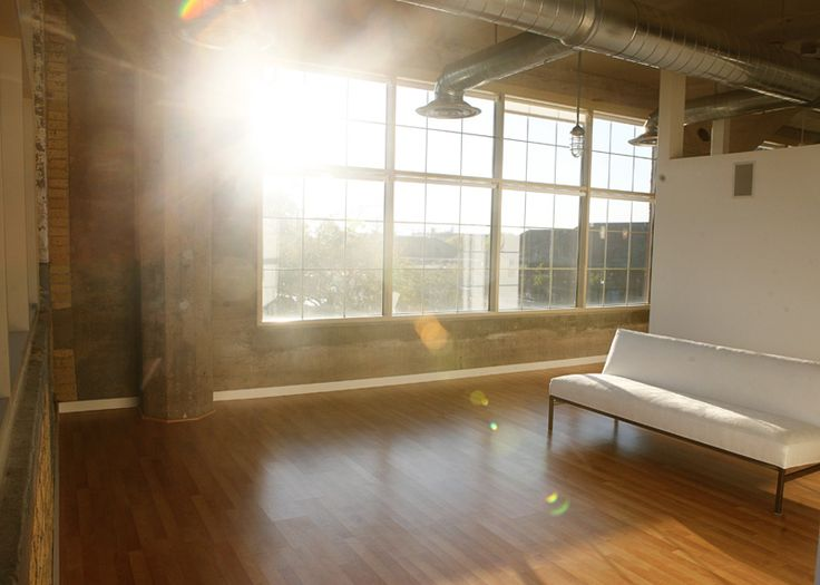 It's my dream to have a natural light studio like this someday!