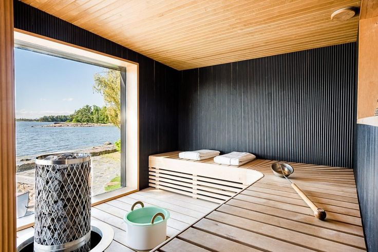 Sauna with the view over the lake.