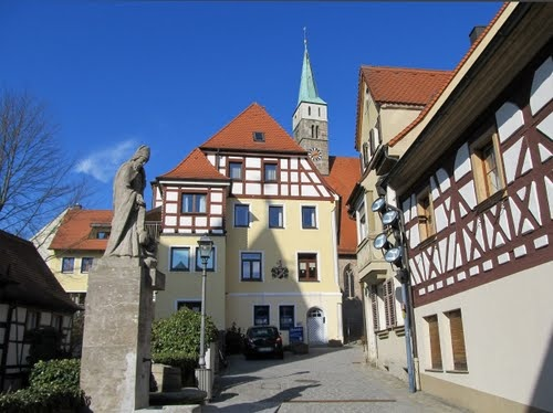 herzogenaurach germany, fountain - My grandmother's house is the light yellow one in the background.