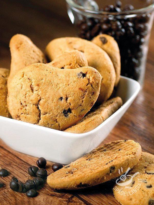 Biscuits Coffee with chocolate chips - I Biscottini al caffè con gocce di cioccolato sembrano confezionati ma hanno il pregio di essere fatti a casa e di contenere ingredienti super genuini!
