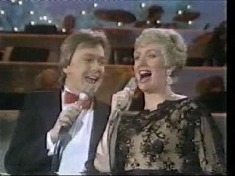 David Cassidy & Shirley Jones - Christmas Duet - Winter Wonderland